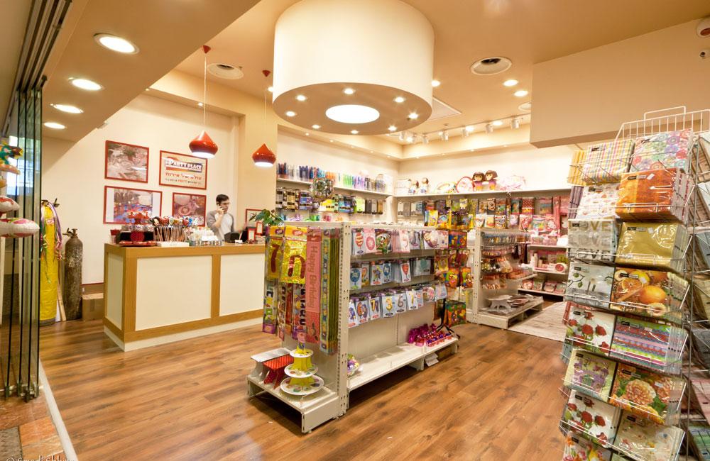 מעצבת חנויות מתנות, עיצוב חנויות מתנות עיצוב פנים לחנות מתנות